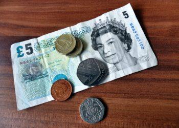 bank notes bills cash commerce