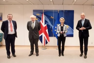 Lord Frost and Boris Johnson in Brussels