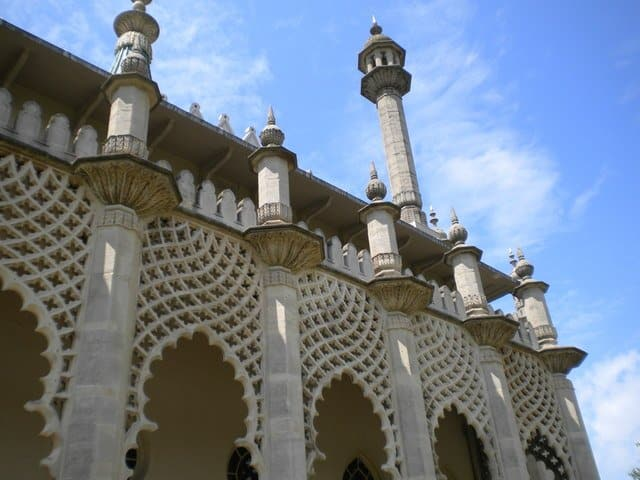 Fine architectural detail, Brighton Pavilion, Pavilion Gardens, Brighton byRobin Sones, CC BY-SA 2.0 , via Wikimedia Commons